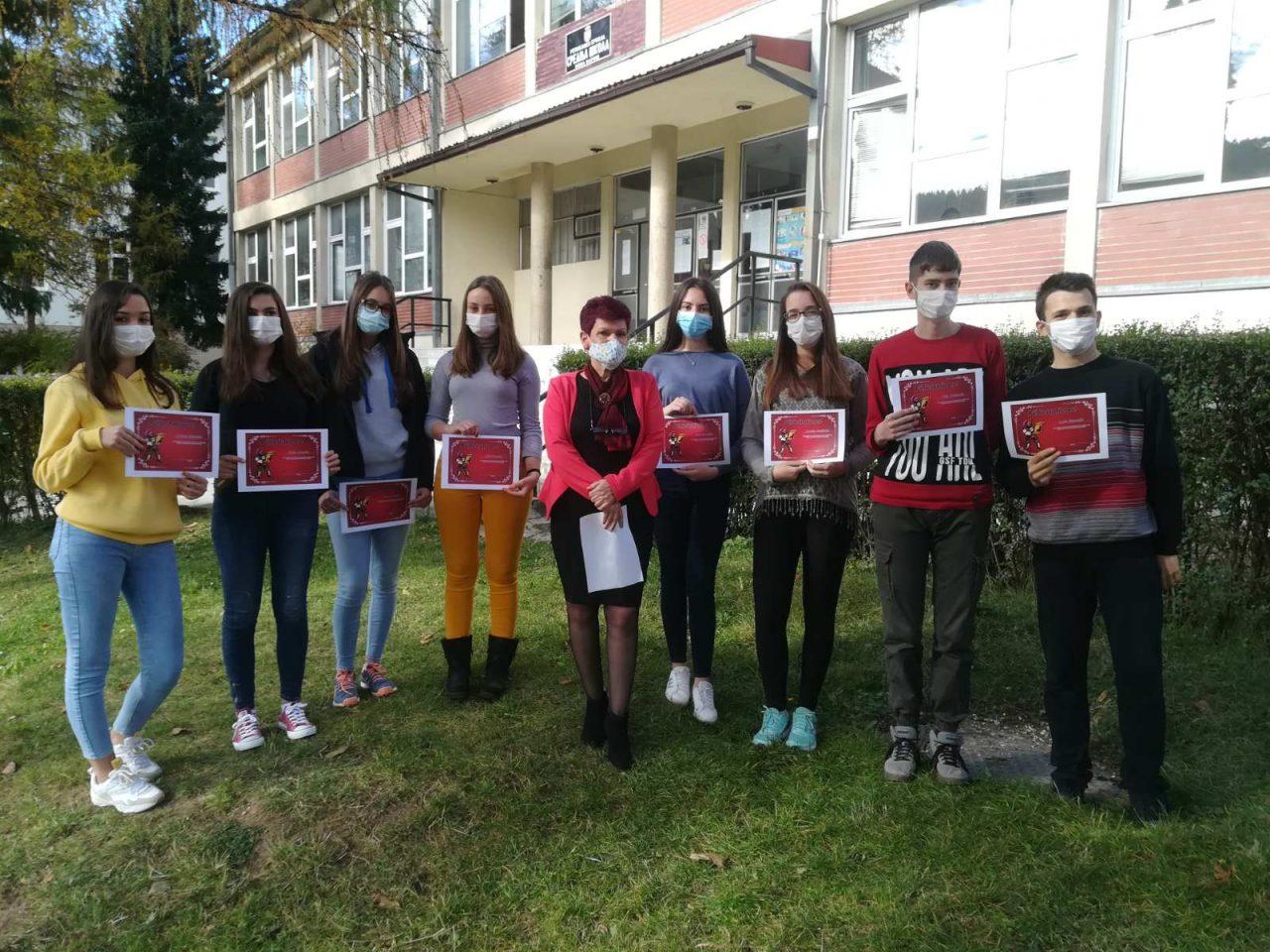 Ученици II2 са професорицом Садијом Башовић